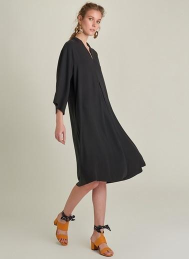 Ng Style V Yaka Lyosel Elbise Siyah